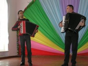Преподаватели играли для студентов Концерт народной музыки в ИГГУ