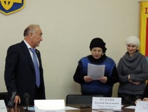 Юрий Крук хочет быть депутатом, анеминистром