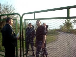 Конфликт собственника иарендатора завершился захватом базы охраной