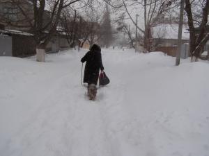 В коварных снежных объятьях!