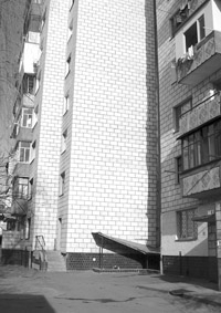 Измаильчанка бросилась с крыши 9-этажки