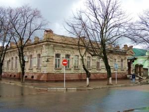 Архитектурная жемчужина: скорее руина, чем дворец