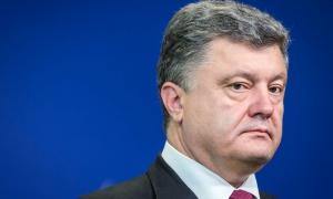 До мира на Донбассе далеко, Украина может попросить помощи у миротворцев, — Порошенко