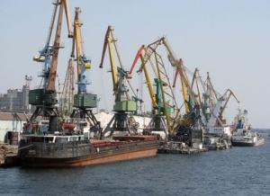 """Правительство приняло финансовый план госпредприятия """"Администрация морских портов"""" на 2016 год"""