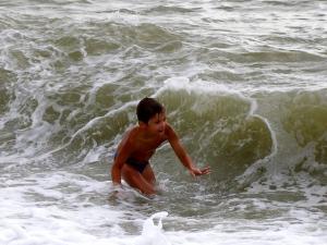 В Затоке во время шторма утонули четыре человека, в том числе, двое подростков
