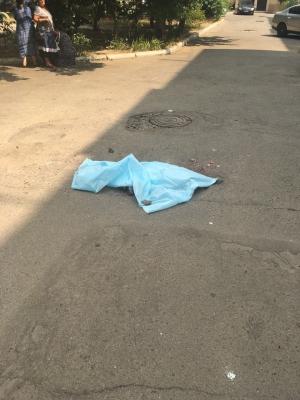 Двухлетний ребёнок погиб под колёсами авто