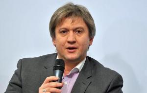 В Украине будут закрывать больницы и школы