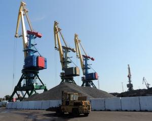 Измаильские портовики собираются переработать более 5 млн тонн грузов