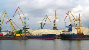 К сдаче готовы: кому нужны украинские порты?