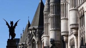 """Суд в Лондоне вынесет первый вердикт по иску о """"долге Януковича"""" через 1-3 месяца"""