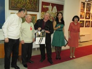 На персональной выставке Ивана Арнаута