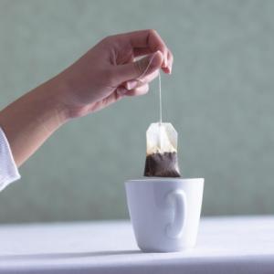 Не спешите выбрасывать чайный пакетик!
