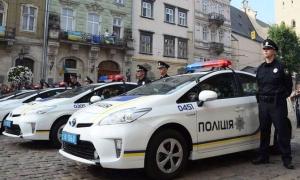 """В """"Курьер недели"""" прибыла патрульная полиция…"""