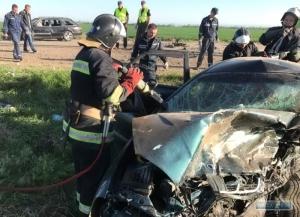 Под Мелитополем в ДТП погибли пять человек