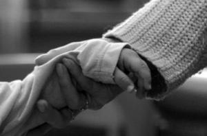 У нерадивой матери из Суворово на время забрали малолетних детей