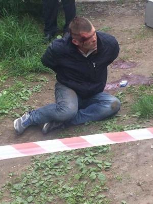 """Охранник Яроша стрелял в таксиста в Каменском из-за отказа отвечать на приветствие """"Слава Украине!"""""""