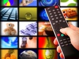 Рада обязала телеканалы увеличить долю украинского языка