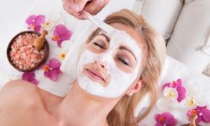 5 продуктов, которые не следует добавлять в маски для лица