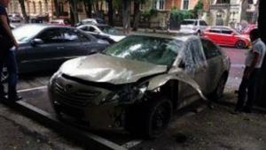 Автомобиль экс-депутата взорвали в центре Одессы