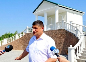 """Культурно-исторический центр: """"античный"""" бювет, Кутузовский парк и прочее"""