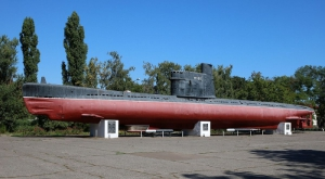 В Одессе пытались разобрать памятник подлодке