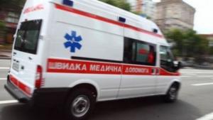 Двухлетний малыш попал в реанимацию, поранившись ножом