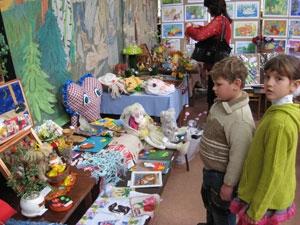 Городская выставка открывает новые таланты