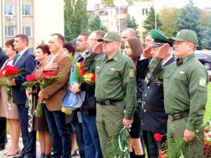 Дань уважения защитникам Отечества