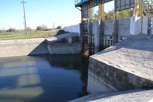 Сброс воды из озера Кагул: миссия невыполнима...