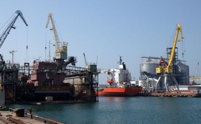 Борьба портовиков продолжается