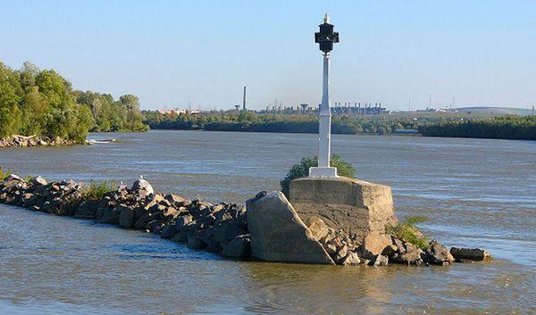 """Королевская """"шпора"""" Чатал - причина проблем в экосистеме Нижнего Дуная?"""