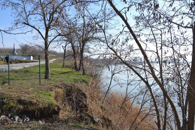 Дунай сокращает территорию Измаила