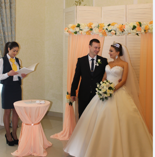 """Услуга """"Брак за сутки"""" в отеле """"Bessarabia"""": """"горько"""" молодым!"""
