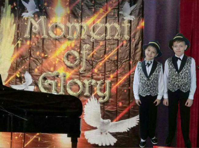 Момент славы дуэта пианистов из Школы искусств