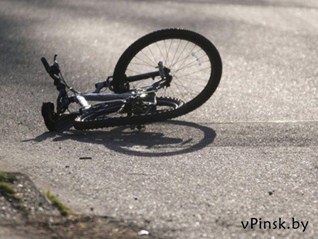 Водитель ВАЗа совершил наезд на велосипедистку