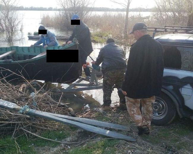 На реке Дунай пограничники задержали браконьеров с рыбой