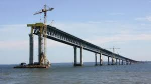 Украина анонсировала санкции против компаний, строящих Керченский мост