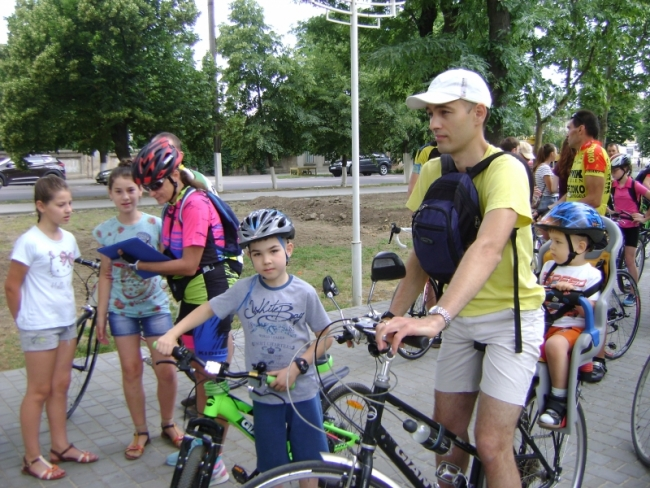 Активный велодень в честь Дня защиты детей