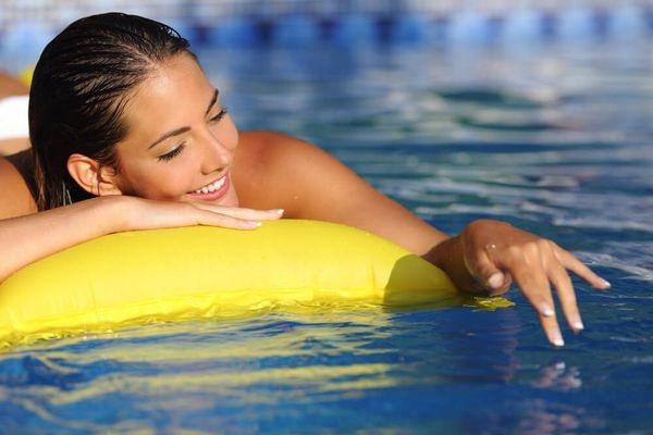 Как купаться в открытых водоёмах без угрозы для здоровья?