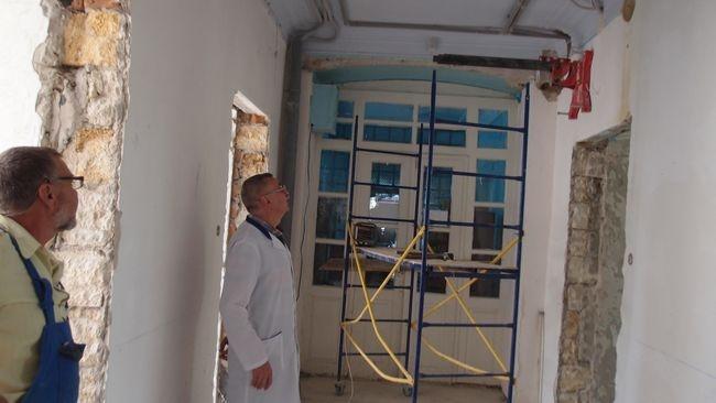 Ремонтные работы в городской больнице продолжаются