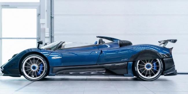 Самый дорогой автомобиль современности показал в действии его создатель