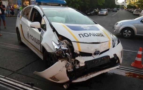 Каждое шестое авто полиции разбито в ДТП