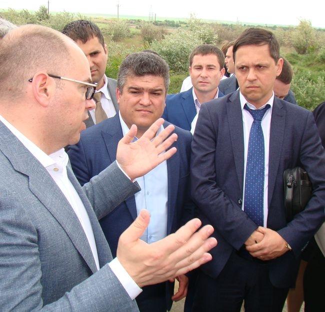 Начнут ли ренийские районные чиновники «грызть землю» после губернаторского «волшебного пенделя»?