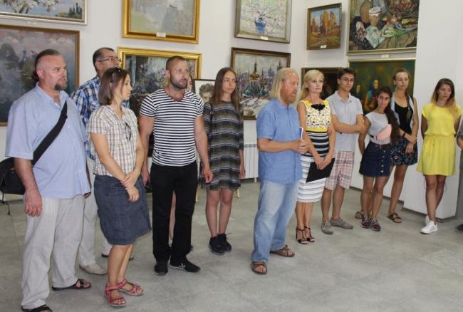 Запечатлеть красоту Бессарабии на полотнах: в Измаиле снова стартовал художественный пленэр