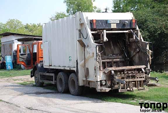В Болграде уборка бытового мусора вернулась на 10 лет в прошлое