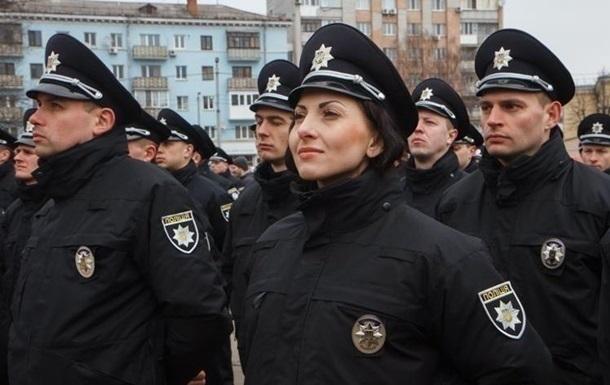 В центр Киева стянули сотни полицейских