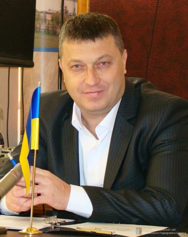 Ренийский мэр подарил двум сельским школам новую музыкальную аппаратуру
