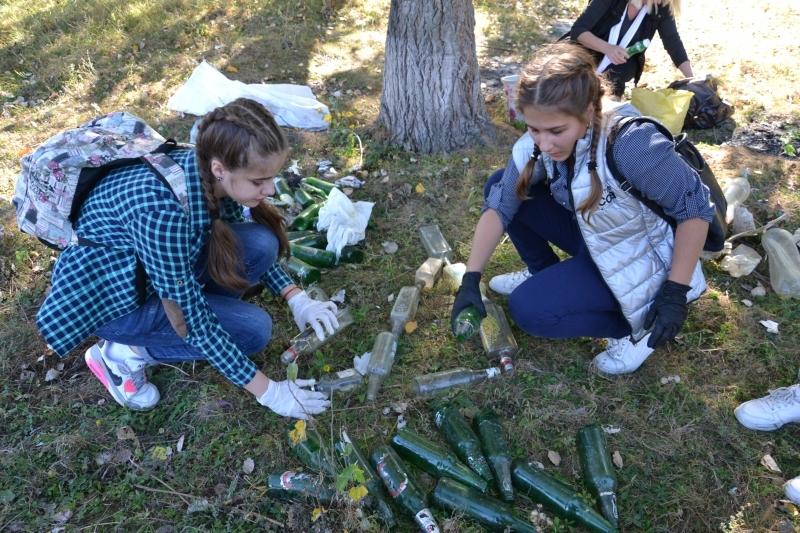 Ренийские школьники включились в борьбу за чистоту родной природы
