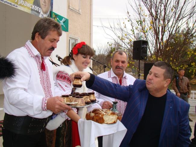 В селе Долинское Ренийского района состоялся пятый международный винный фестиваль