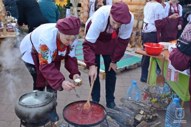 В Одесской области установили кулинарный рекорд в приготовлении борща